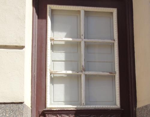 Verschlossene Fenstertür