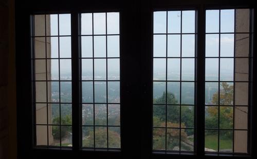 Fenster im Hambacher Schloss
