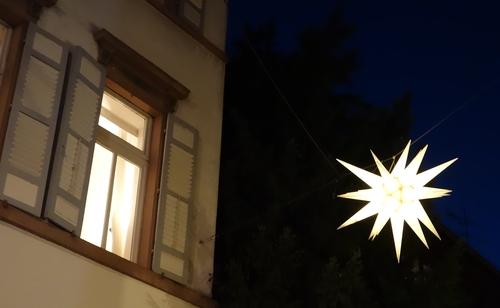Fenster mit Stern