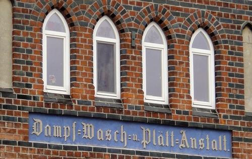 Dampf-Wasch-u. Plättanstalt in Wismar