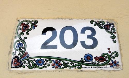 Zimmernummer aus Keramik