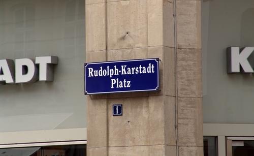 Rudolph-Karstadt-Platz 1