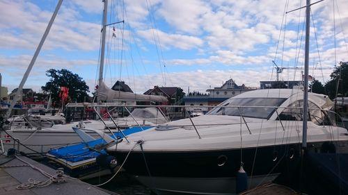 Boote im Hafen von Niendorf