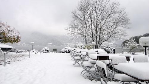Blick von der Hotel-Terrasse auf dem Tegernsee