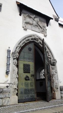 Seiteneingang zu Maria Himmelfahrt