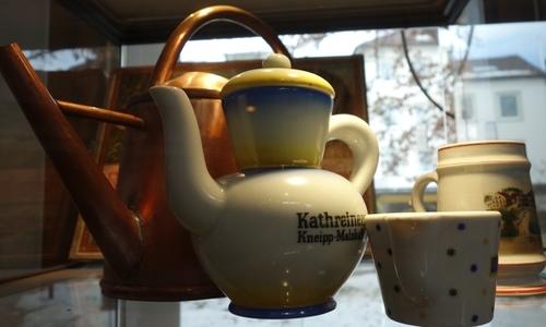 Giesskanne und Kathreinerkaffee
