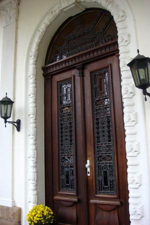 Eingangstür der Villa Dürkopp