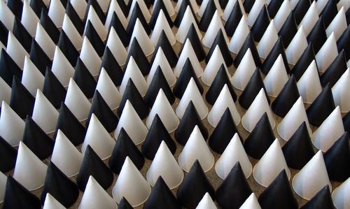 Cones and Curves, 2007, Papier und Tusche