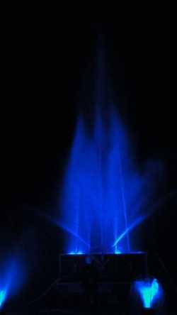 Illuminierte Wasserorgel