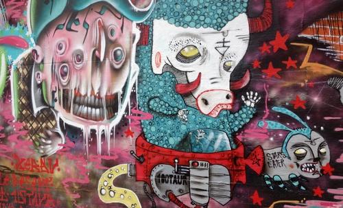 Monster an einer Wand