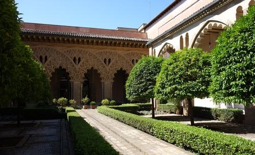 Patio der Heiligen Isabel